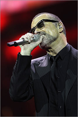 11/23/11 – George Michael in hospital