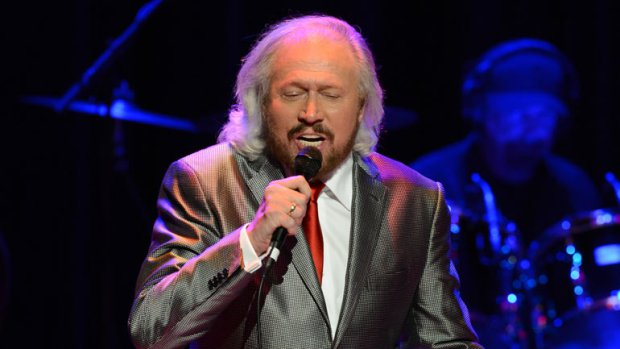 3/26/16-Barry Gibb back to jam!