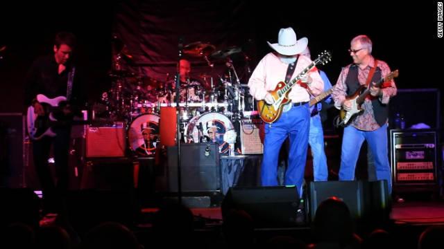 10/15/11 – Charlie Daniels Bandmember dies
