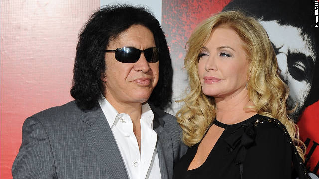 10/2/11 – Gene Simmons Marries!