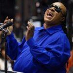 12/18/12- Stevie Wonder Gives again!