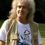 8/7/13- Brian May of Queen's new knee