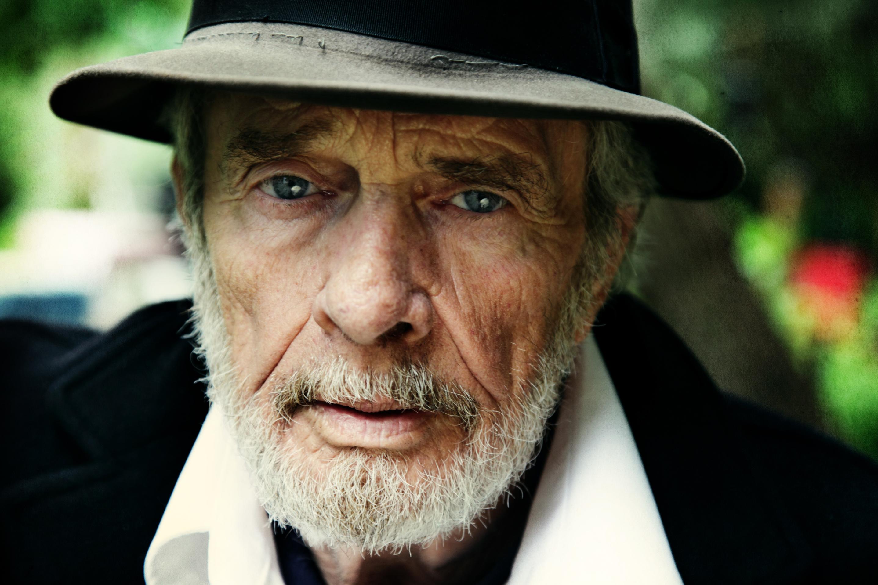 4/6/16-Merle Haggard dies